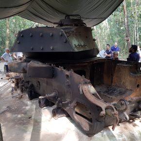 Savaşta-tahrip-edilmiş-bir-Amerikan-Tankı