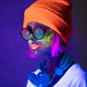 neon-makyaj-nasıl-yapılır